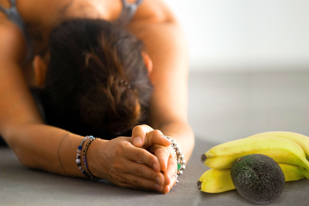 yoga-avocado-banana